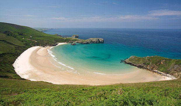 Playa Torimbia Llanes Asturias España En 15 Playas Nudistas A Fondo Guía Del Ocio Playas De Asturias Playas Nudistas Playas España