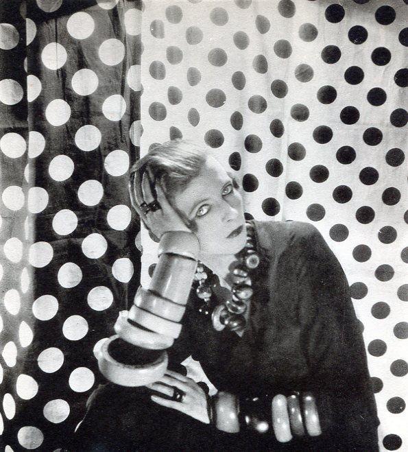 Cecil Beaton - Miss Nancy Cunard : Lot 28 In 2020