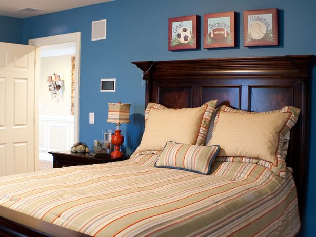 Best Traditional Kids Rooms From On Hgtv Boys Room Blue 400 x 300