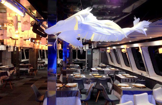 Peces Pesadilla Hemos Trabajado En La Reforma Del Restaurante Nemesis Barcelona Para Pesadilla En La Cocina Del Disenos De Unas Decoracion De Unas Pesadillas