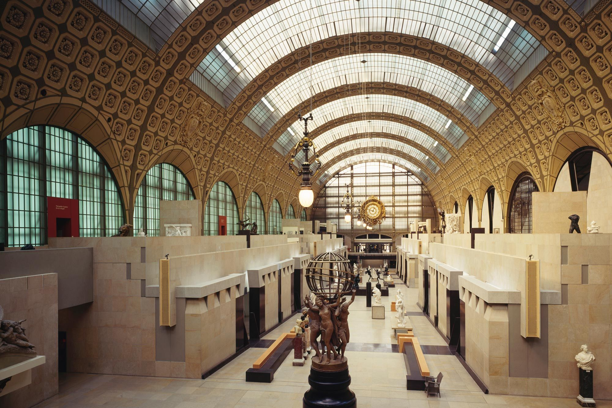 Stuck At Home These 12 Famous Museums Offer Virtual Tours You Can Take On Your Couch In 2020 Virtual Tour Pergamon Museum Museum