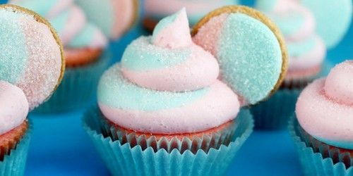 Food Trend Pastel Sweets  20 pics  Pretty in Pink (and Blue!)
