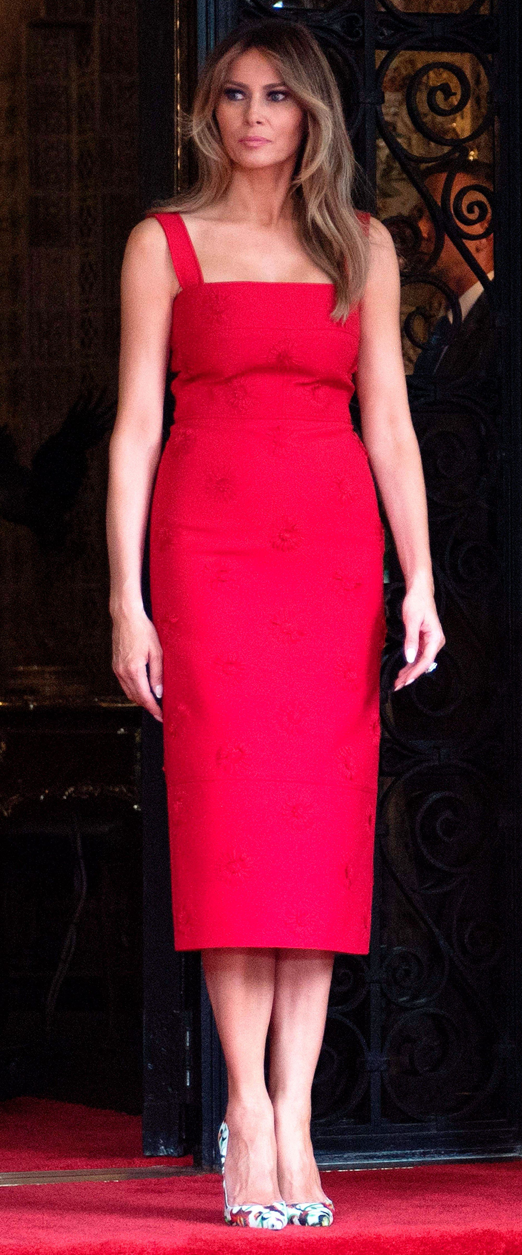 Melania Trump Opts for Red Dress to Formal Dinner at Chinese Summit ...
