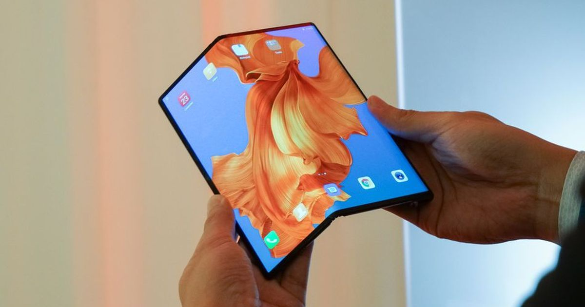 Huawei S Foldable Mate X Phone Goes On Sale On November 15 At A Staggering Price Huawei Samsung Galaxy Phones Huawei Mate