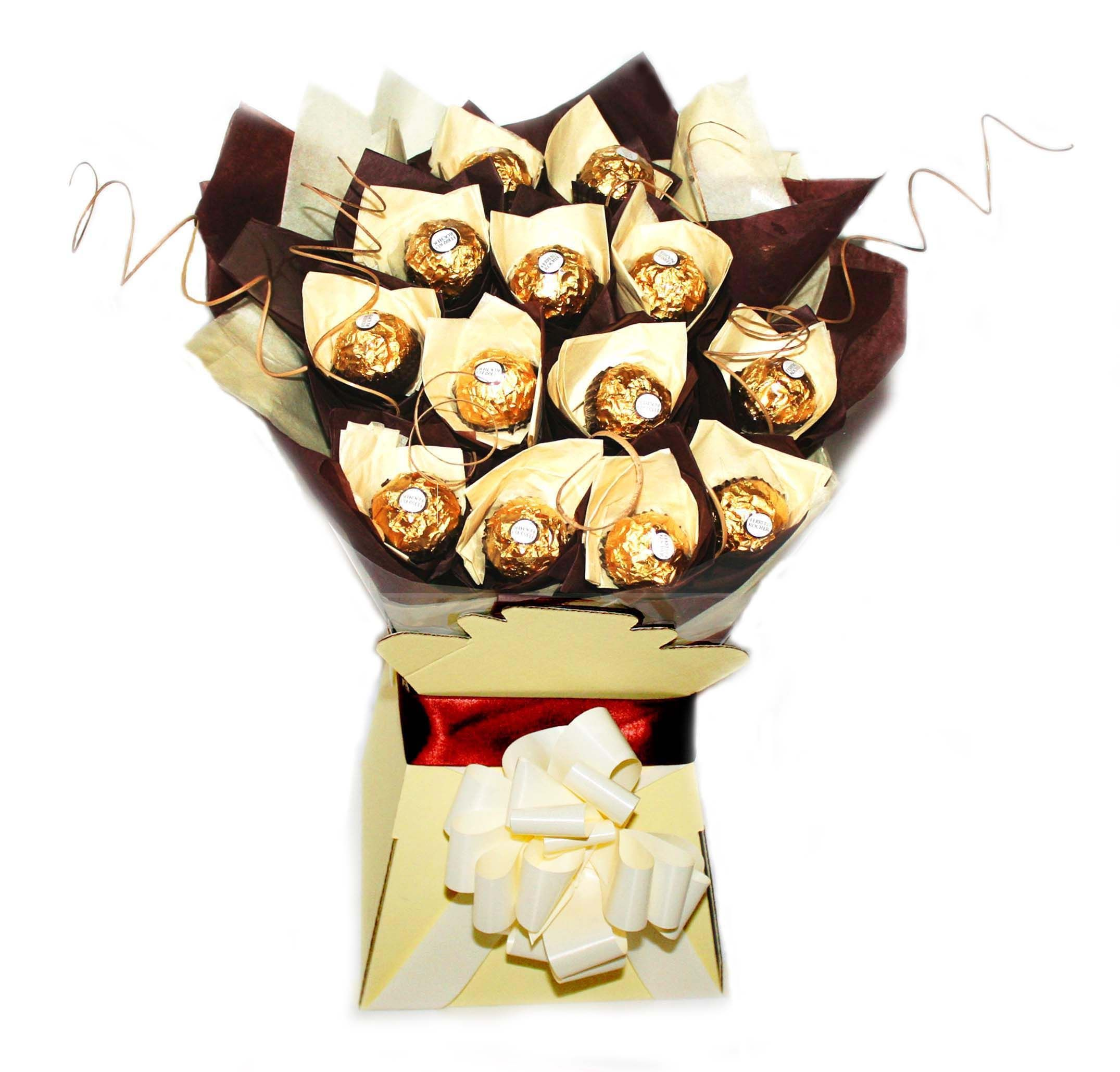 Chocolate bouquet on pinterest candy flowers bouquet of chocolate - Diy Gifts For X Mas Gift Ferrero Rocher Bouquet Rocher Chocolatechocolate