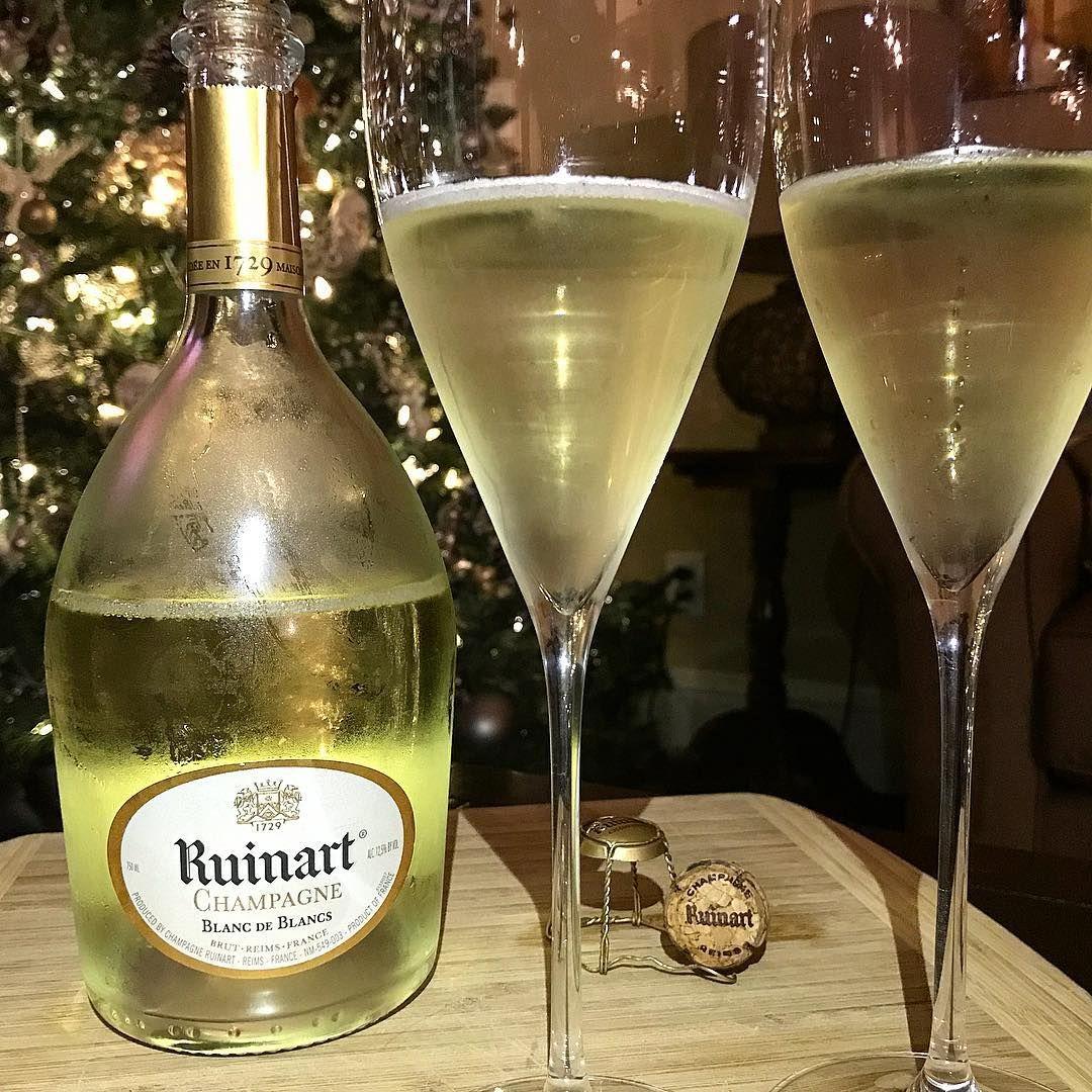 Ruinart Blanc De Blancs Champagne Bubbles Delicious Alcoholic Drinks