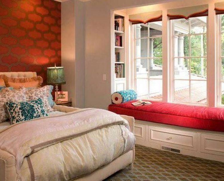Cute Bedroom With Bay Window Bed In Living Room Beautiful