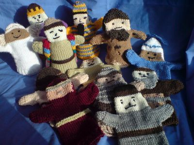 Free Basic Pattern For Knitted Bible Character Hand Puppets Dolls