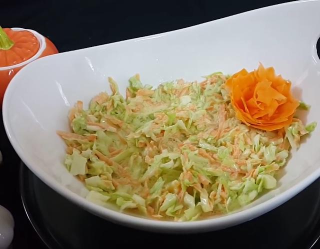 طريقة عمل سلطة كول سلو مجلة سحابة نت Food Cabbage Vegetables