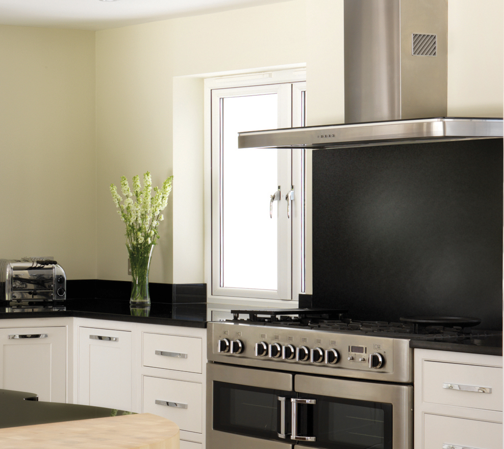 Kitchen Design Range Cooker: Rangemaster Elite Range Cooker And Hood Shown With A
