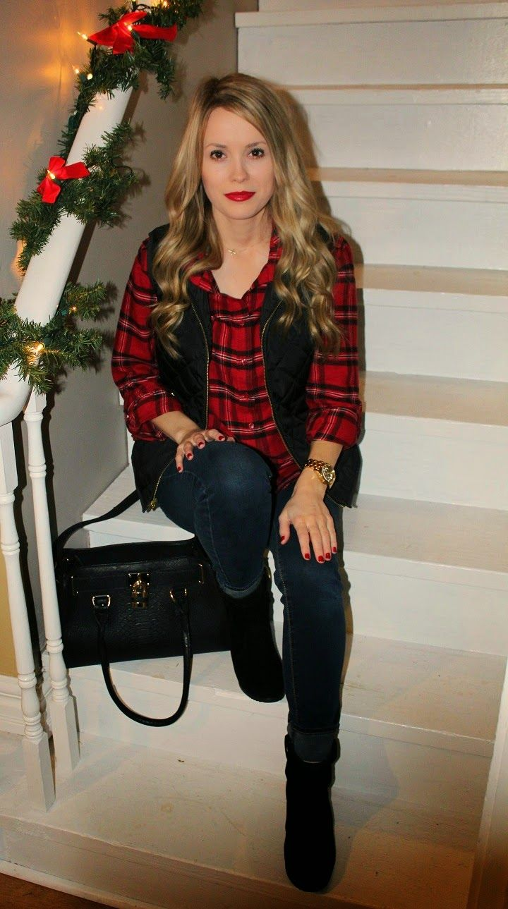 Casual flannel outfits  Casual Holiday outfit Vest outfit Plaid Flannel winter casual