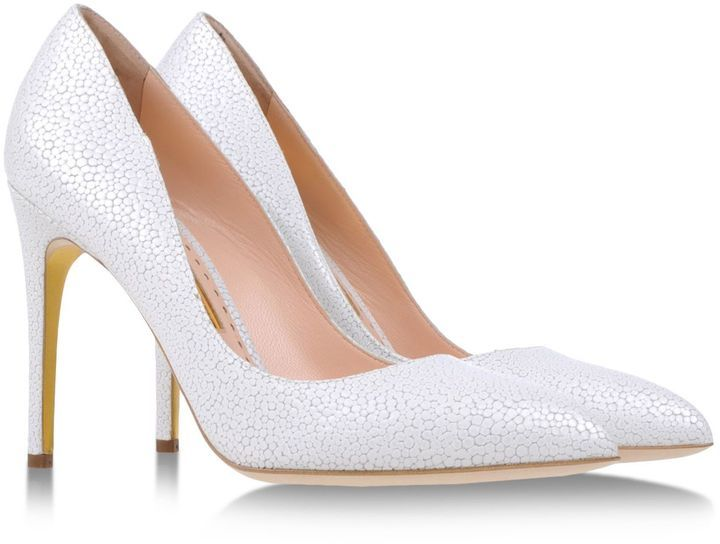 leather pumps by rupert sanderson. always a classic | Leather pumps