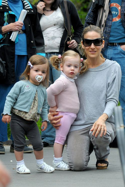 Pin By Lm S On Sarah Jessica Parker And Her Twins Sarah