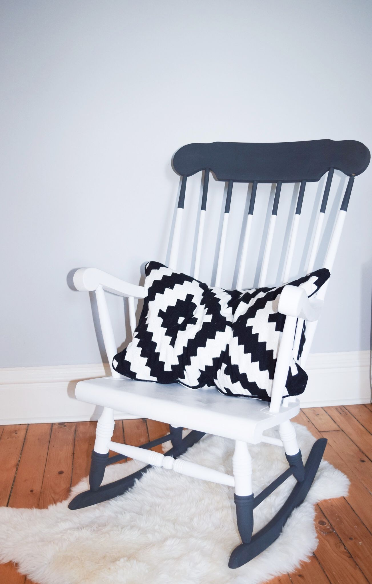 Upcycled Wooden Rocker Diy Paint Dipped Wooden Rocking Chair Rocking Chair Makeover Painted Rocking Chairs Diy Rocking Chair