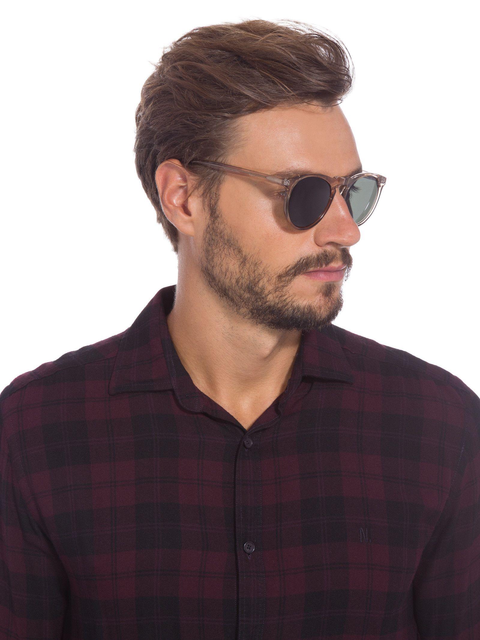 4d8a6ee512674 Óculos de Sol Masculino Jimmy Cristal, Livo.O óculos cinza é produzido em  acetato