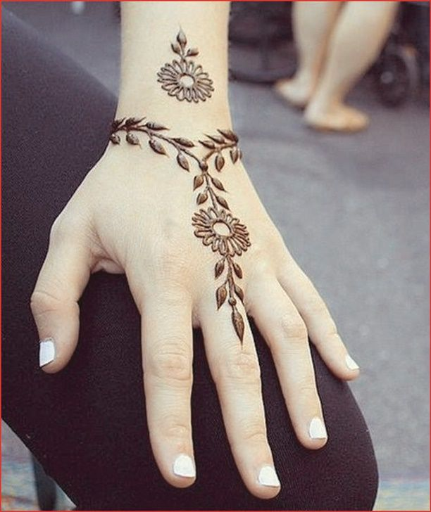 Photo of Henna tattoo hand simple – image project