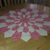 Quilted Round Table Toppers.Image Result For Quilted Round Table Toppers Quilting Dresden