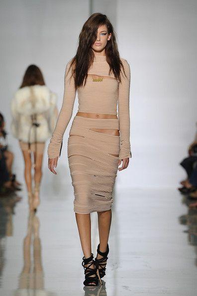 Kanye West S Clothing Line Fashion Kanye West Outfits Fashion Week