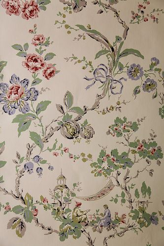 Cream Chinoiserie wallpaper with pink & blue flowers by