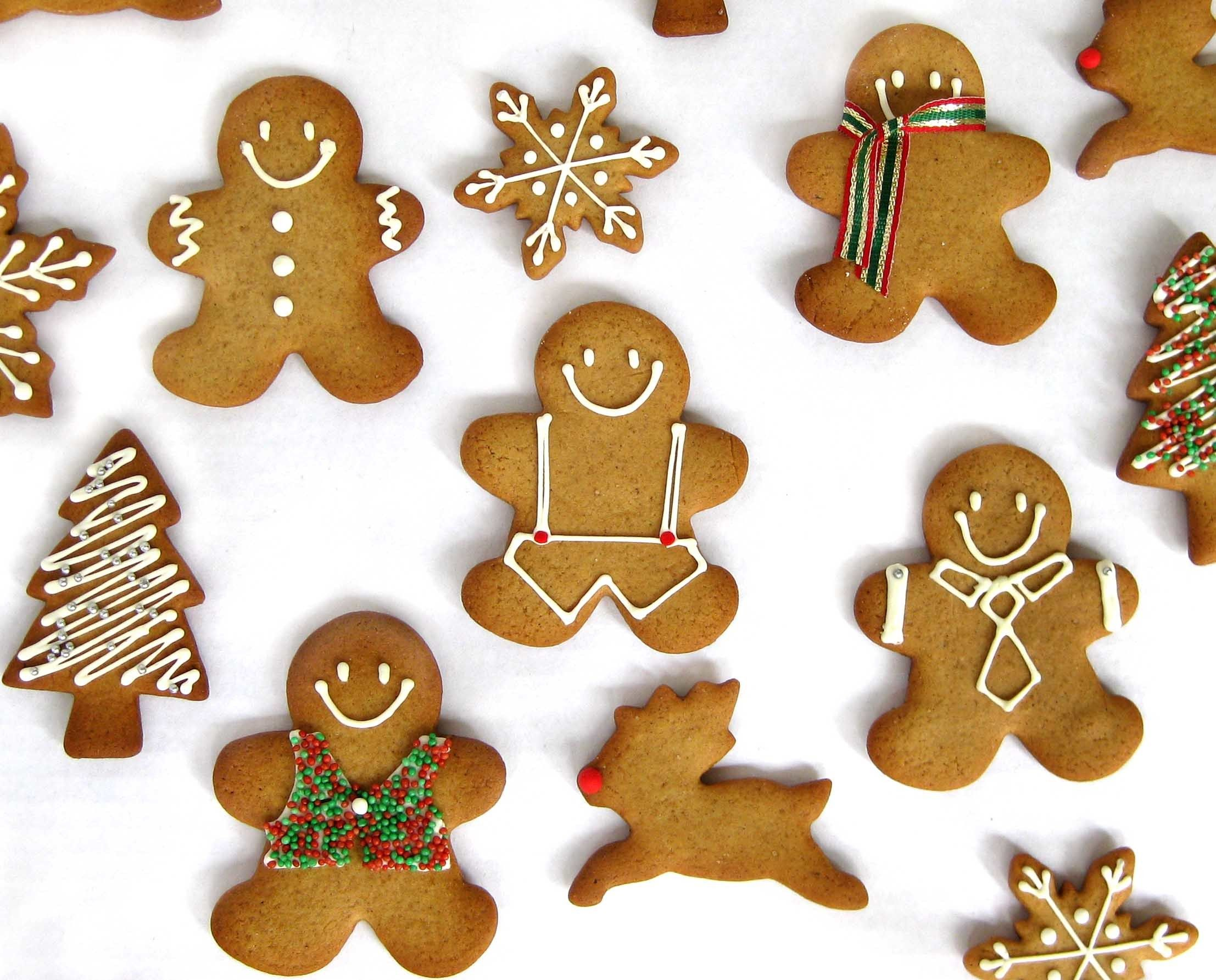 Gingerbread Man Reindeer Snowflakes Cookies For Christmas Food And Cooking Delicious