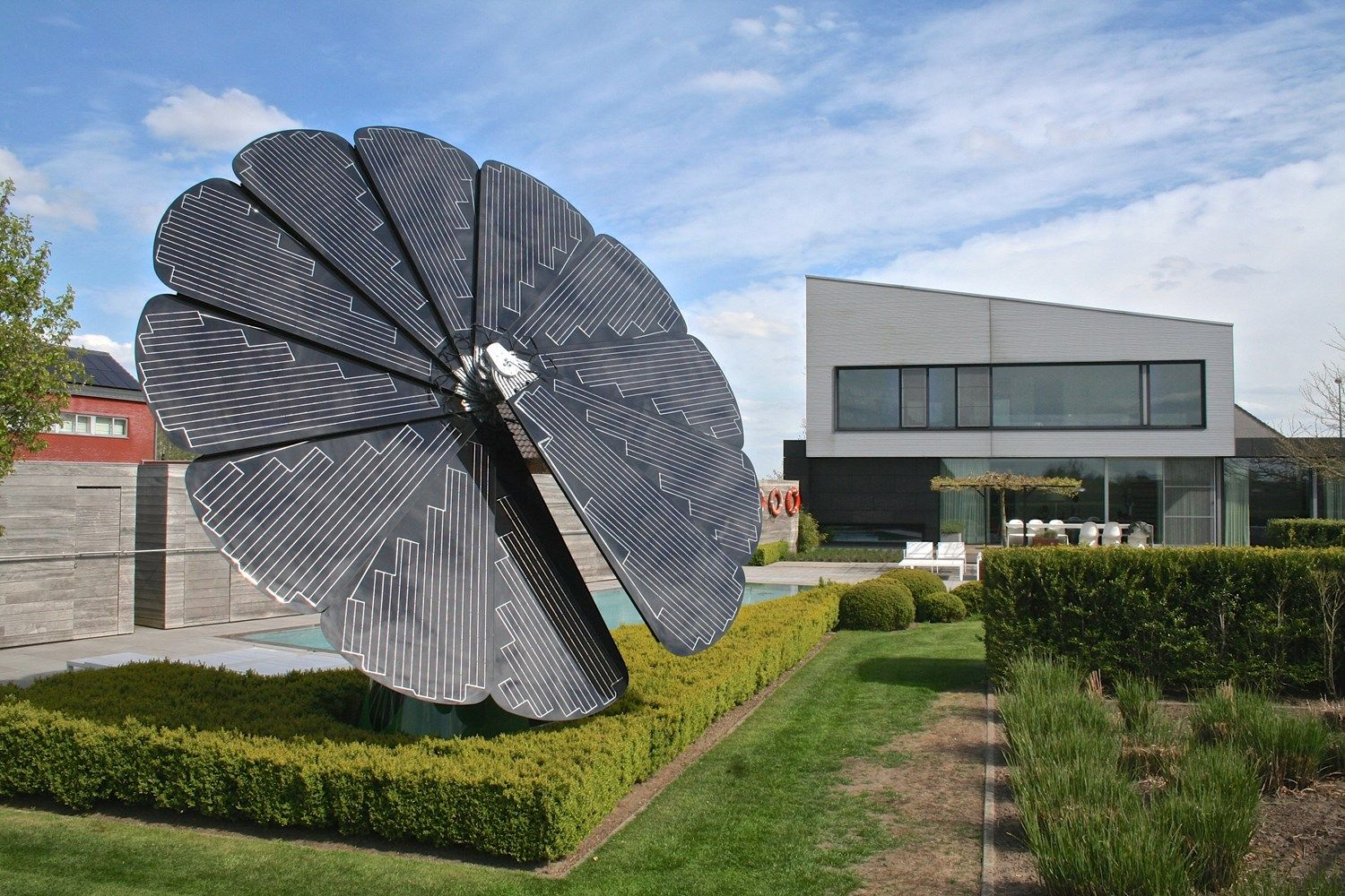 Florida State University To Place Quot Smart Flower Quot Solar