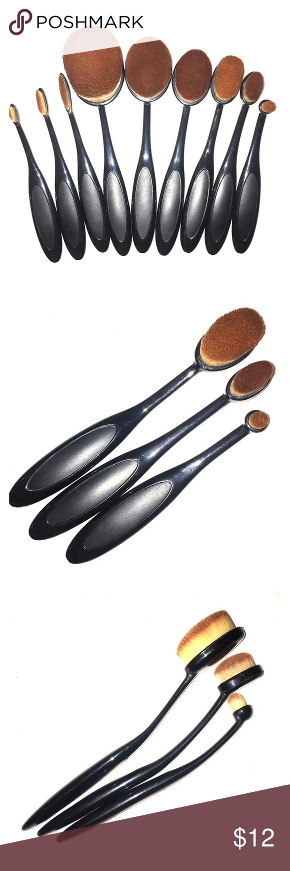 Oval Makeup Brush Set of 3 SmallMedium NWT Oval makeup