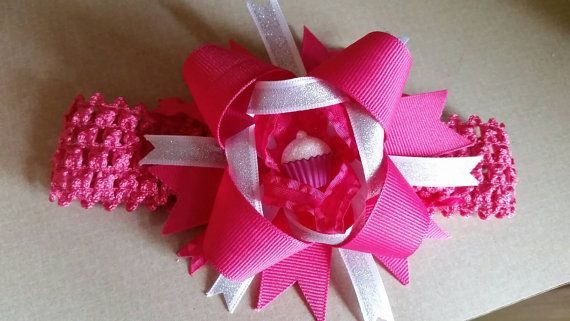 Check out this item in my Etsy shop https://www.etsy.com/listing/266671157/pink-cupcake-hair-band