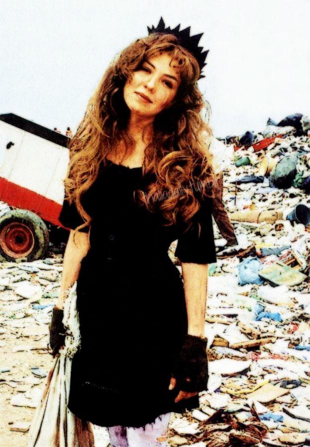 Thalia as María Hernández in María la del Barrio, 1995 | Thalia