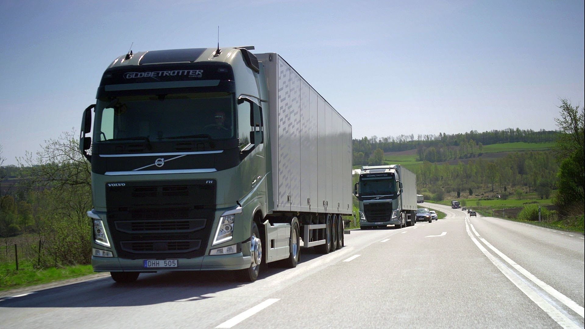 Volvo Trucks Seamless Gear Changes With The New I Shift Dual Clutch Volvo Trucks Volvo Trucks