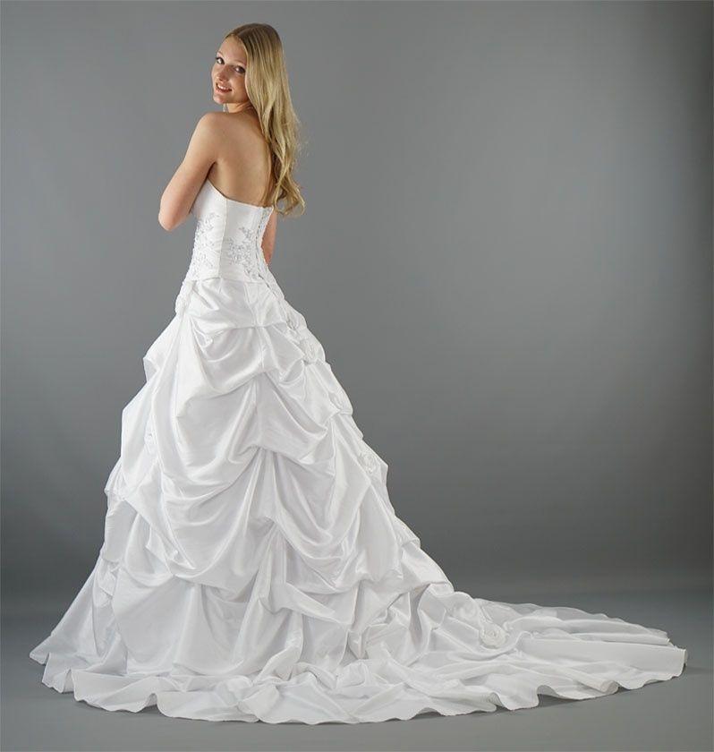 brand new 7410b fbf37 Brautkleid China   Frisuren   Brautkleid, Hochzeitskleid und ...