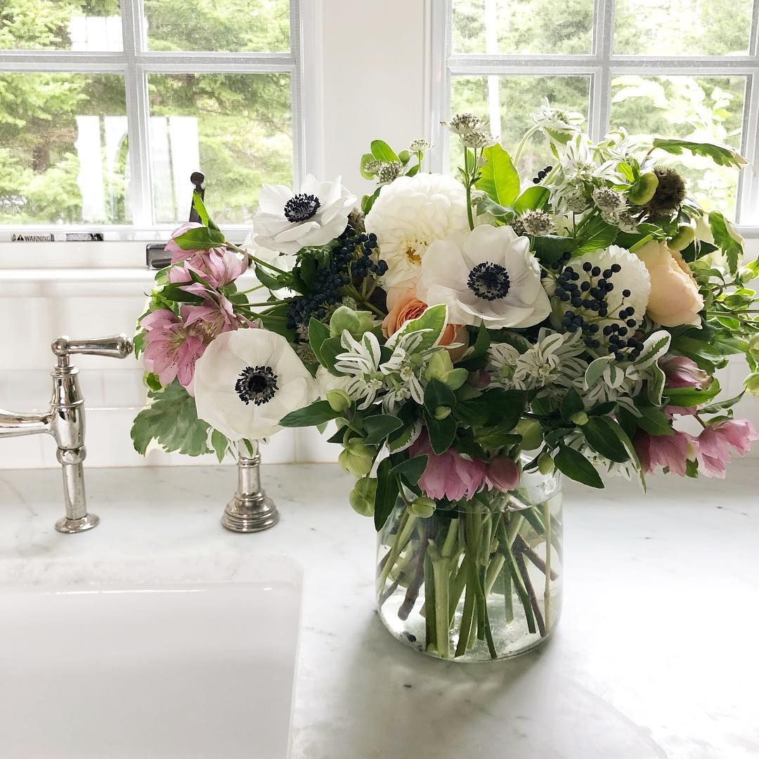 Dahlias Anemone Lenten Rose Oh My Flower Vase Arrangements Lenten Rose Flower Arrangements