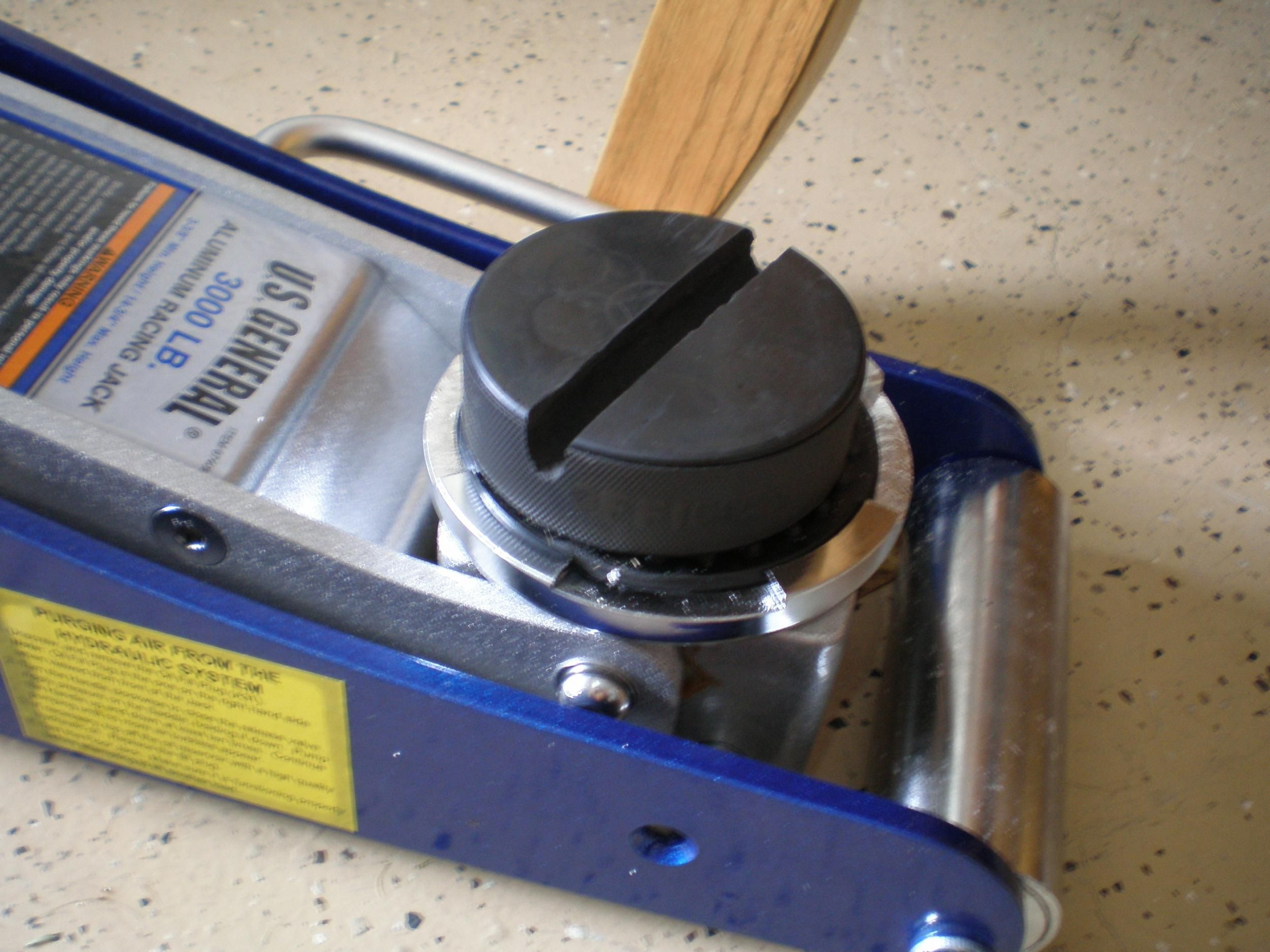 Hockey puck jack adapters jack stands