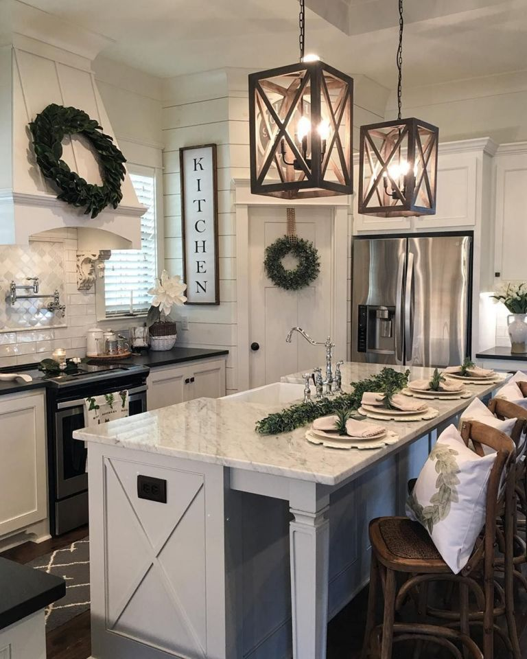 Awesome Tiny Farmhouse kitchen design and decoration with lovely white cabinet