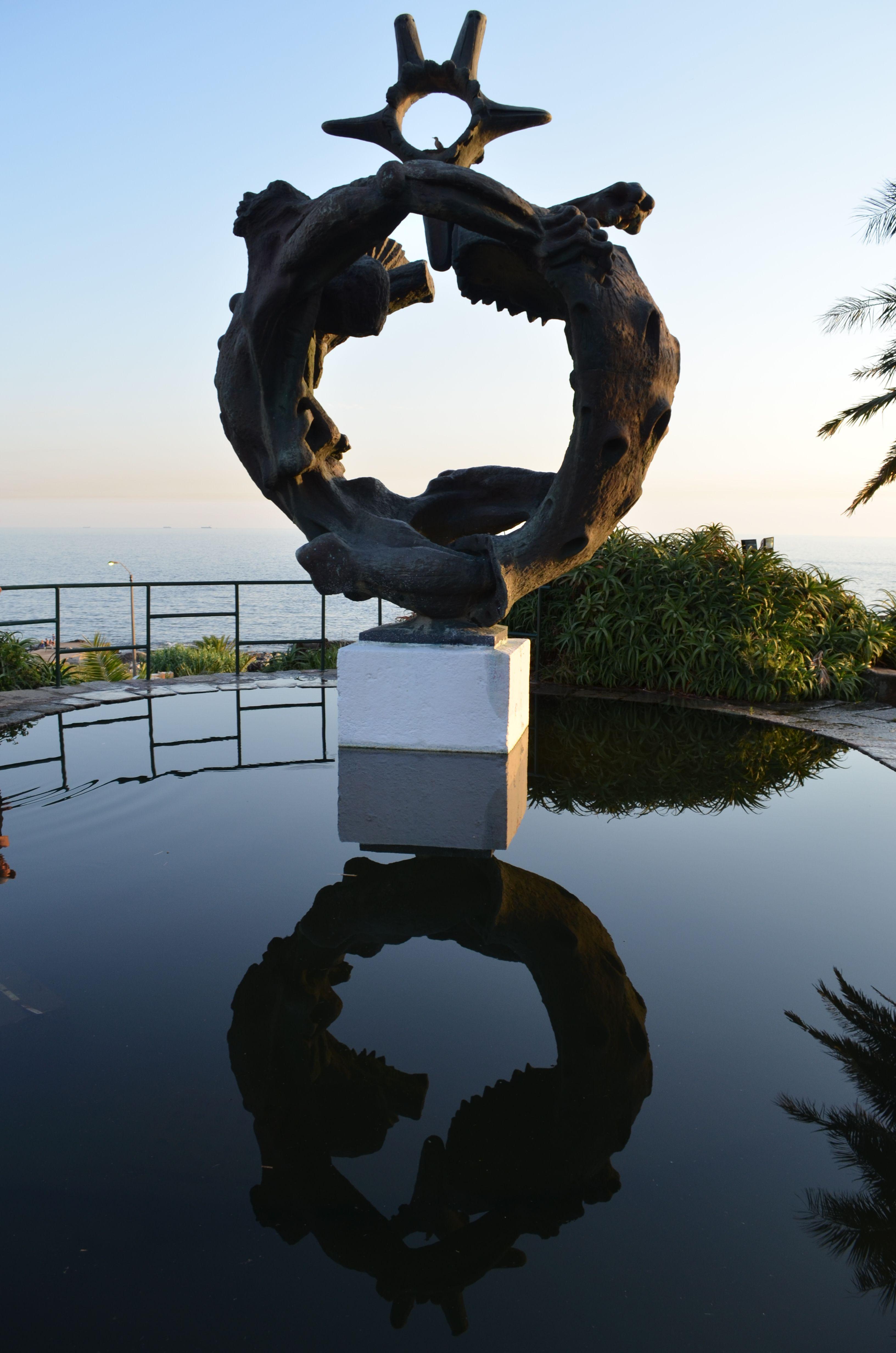 Uruguay | Montevideo | Escultura en la Plaza de la Armada