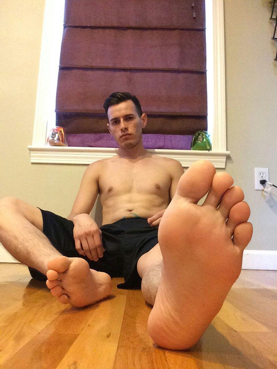 male feet videos