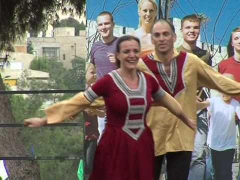Judeus celebram festa do Sucot em Jerusalém