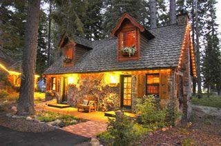 Cottage Inn At Lake Tahoe Lake Tahoe Cabin Lake Tahoe Lodging Bed And Breakfast