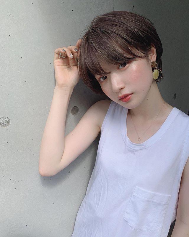 いしだ ちひろ Ichi Da Instagram写真と動画 ショート パーマ