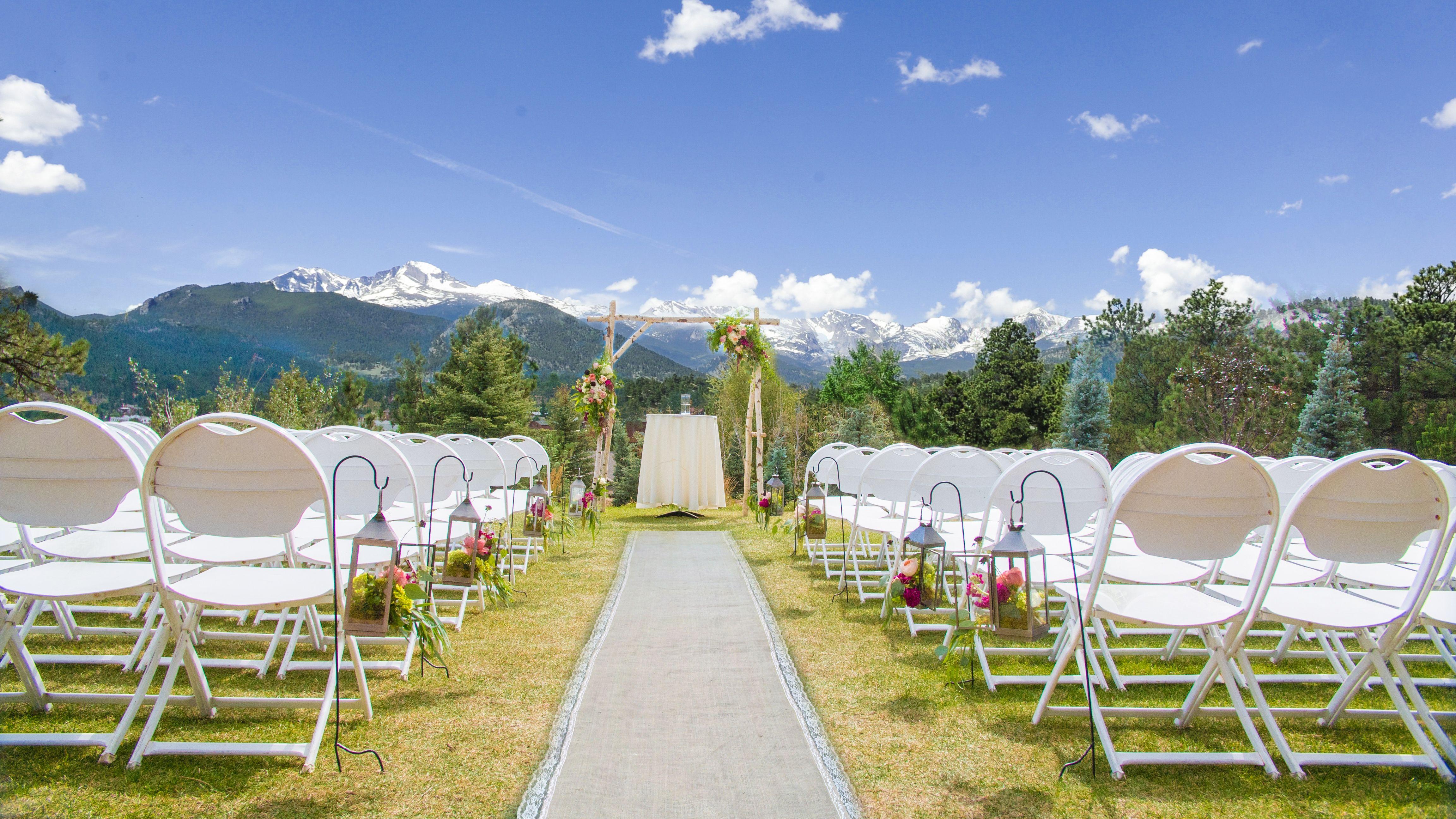 Long's Peak Lawn Estes park wedding, Outdoor wedding