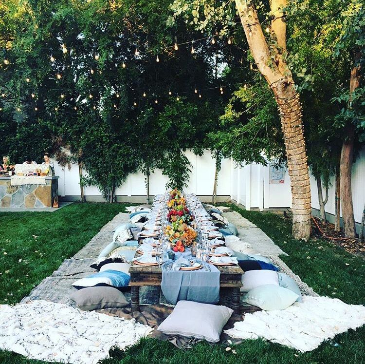 City of Orlando Backyard table setting, Ashley tisdale
