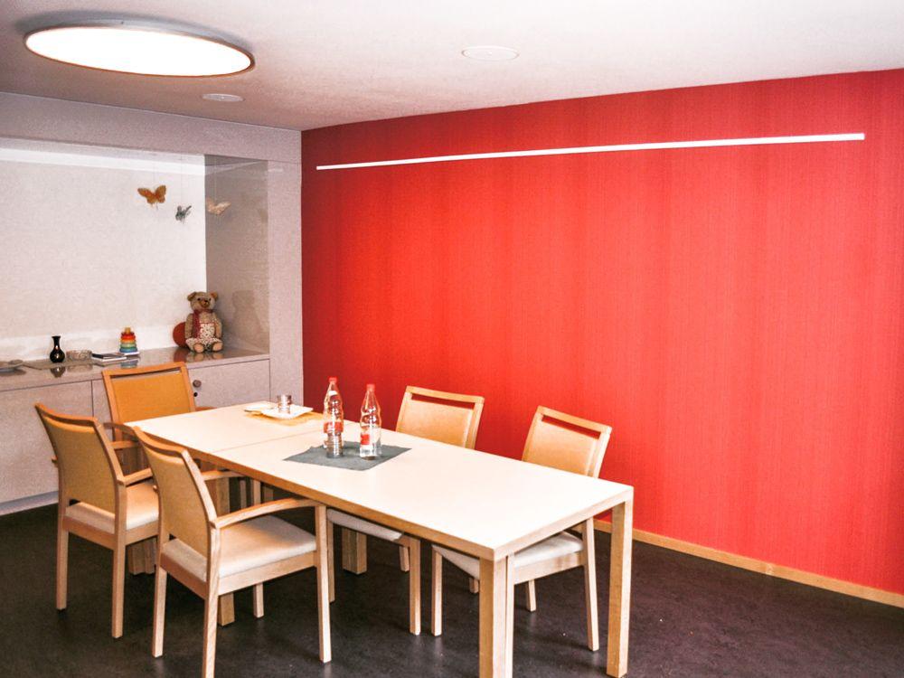 Handwerker Firma: Schraner Pascal Maler Gipsergeschäft, Nunningen / Material: Diverse Farben und Tapeten von Farrow & Ball