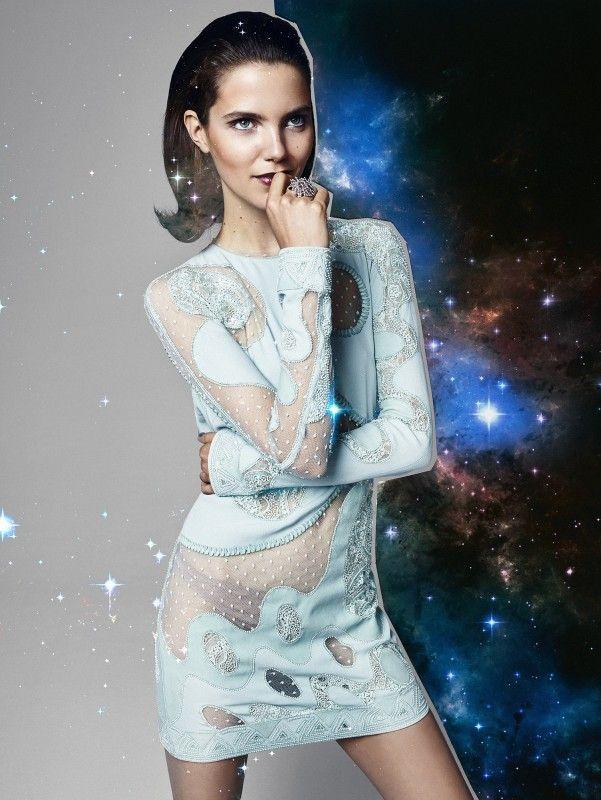 Styling: Renu Kashyap @ Angelique Hoorn Management Job: Glamour Photo: Jouke Bos