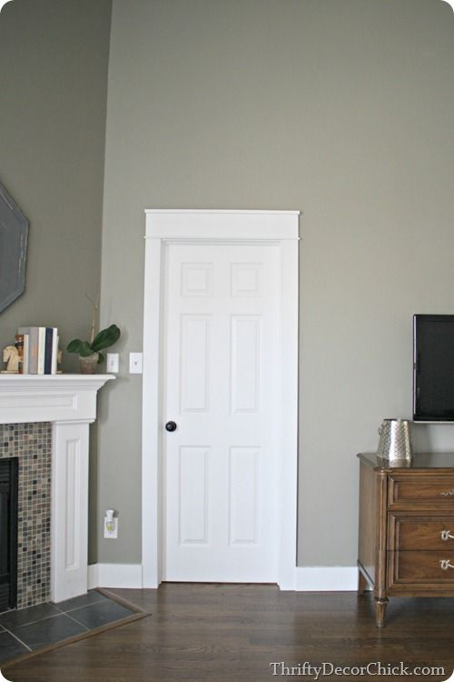 Simple chunky craftsman style trim trim ideas for Mission style moulding