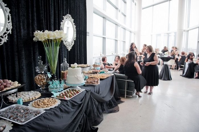 Bridal shower dessert table | fabmood.com #desserttable