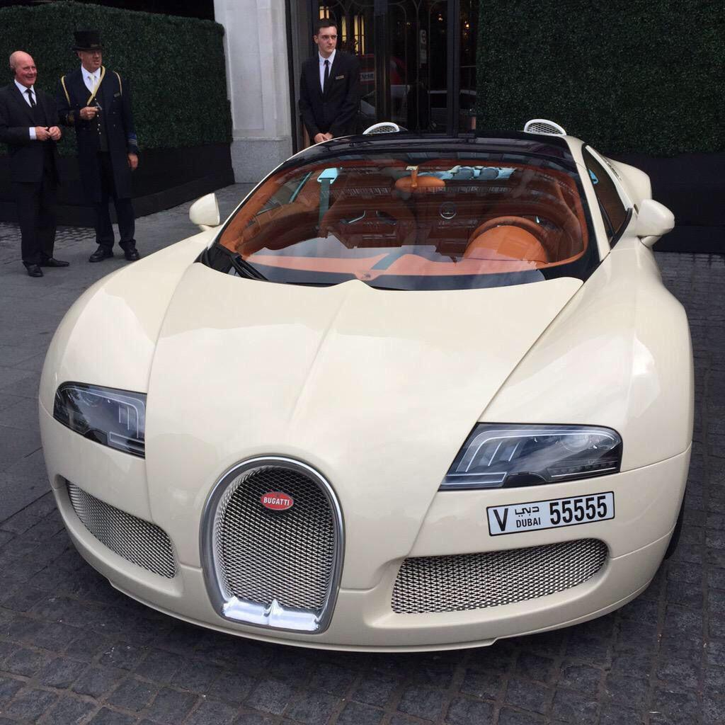 Cream Colored Bugatti 👏🏼👏🏼