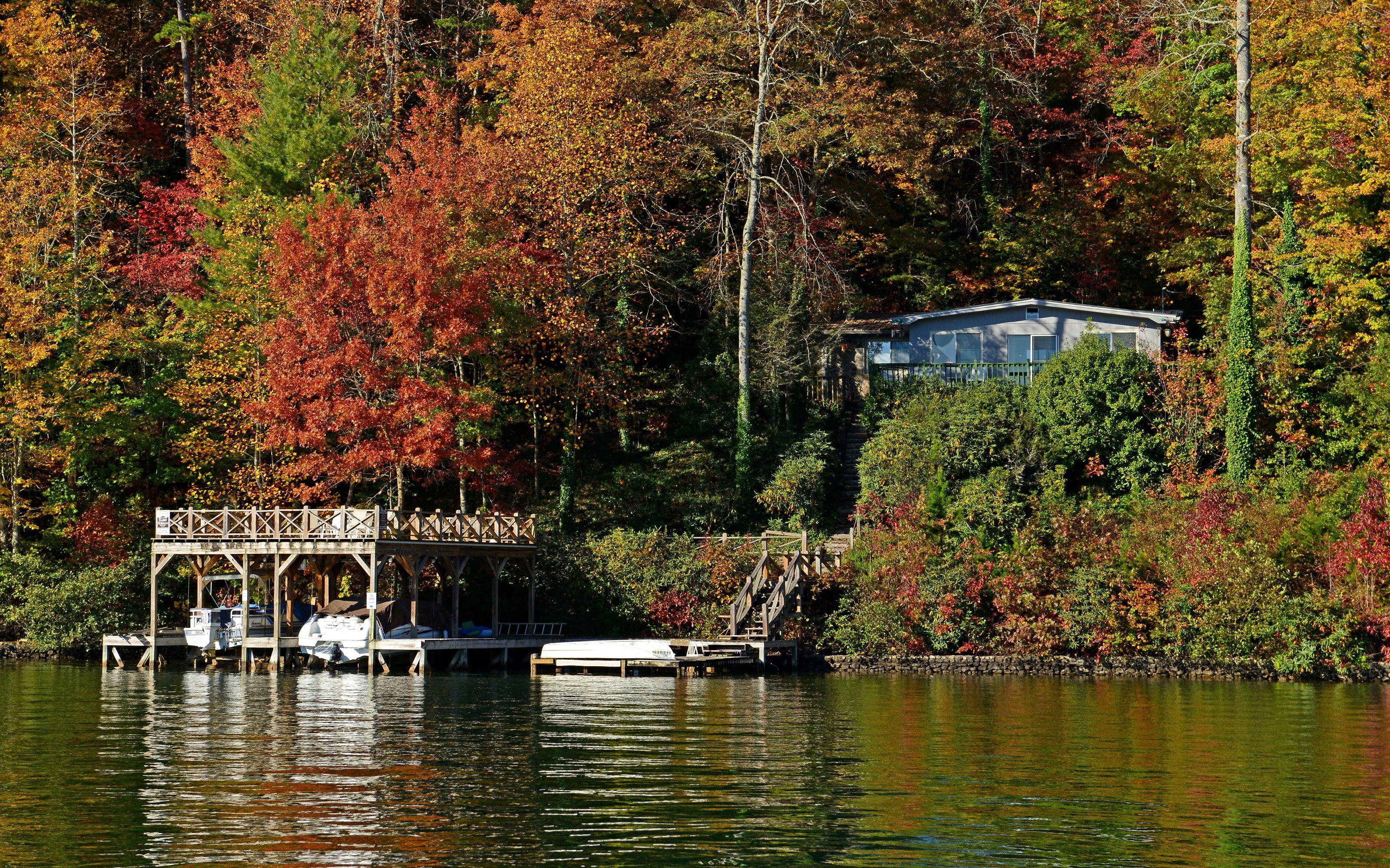 Lake burton lake house lake house boat