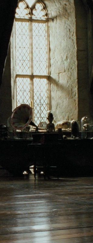 Defense Against The Dark Arts Classroom Window Hogwarts Harry Potter Aesthetic Harry Potter Images Harry Potter Fan Art