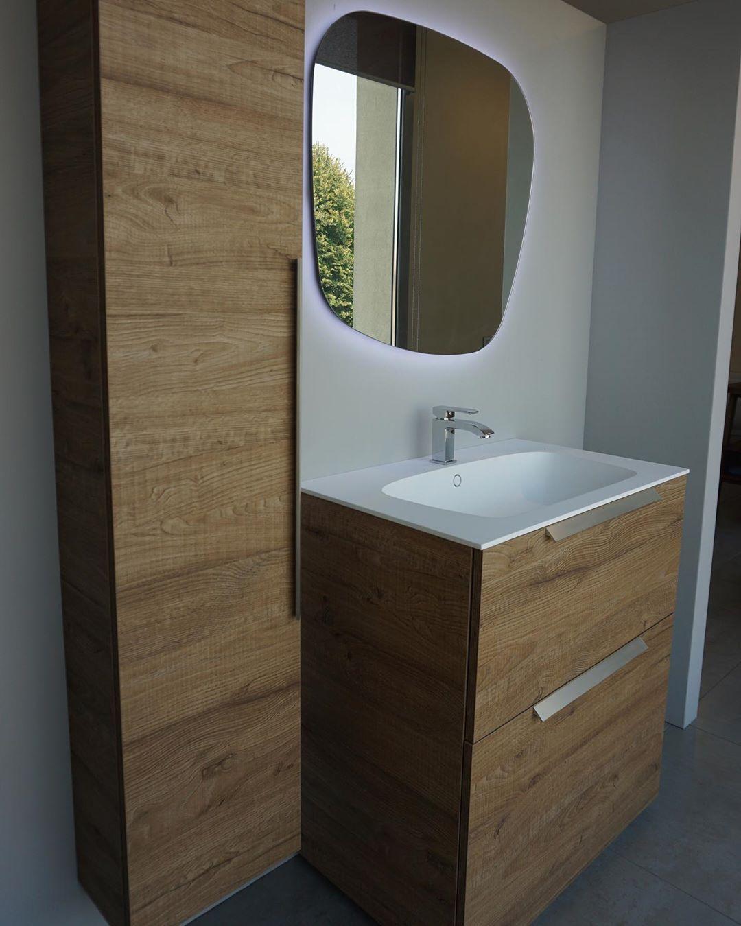 Lavabo A Colonna Design mobile rovere sherwood castano con colonna ad un anta