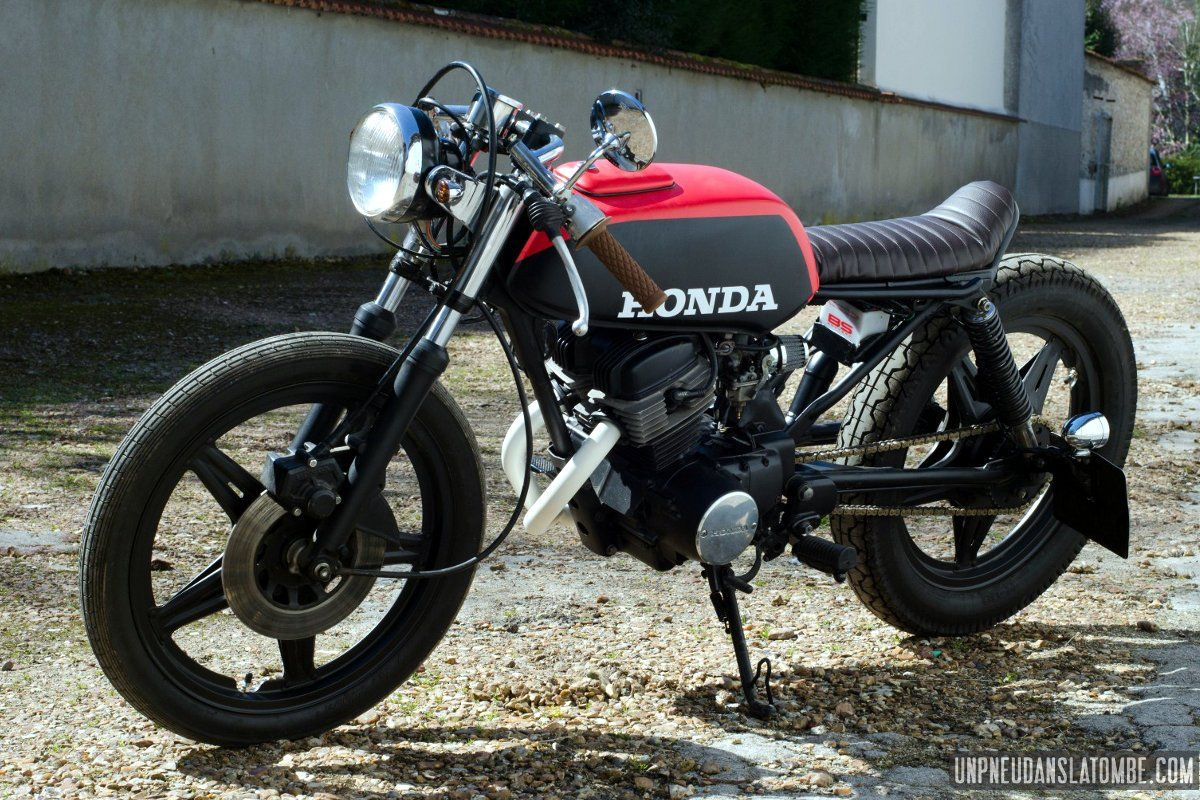 une honda cb 125 twin cafe racer la sauce vini garage. Black Bedroom Furniture Sets. Home Design Ideas