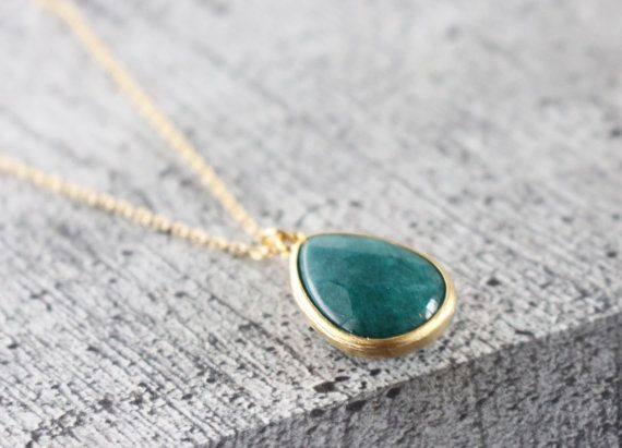 Gold framed crystal necklace // Green // Long by bySiukwan on Etsy